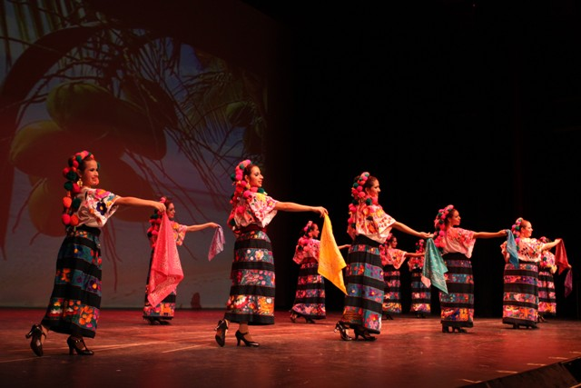 Esperanza Flores Ballet Folklorico at the San Gabriel Mission Playhouse