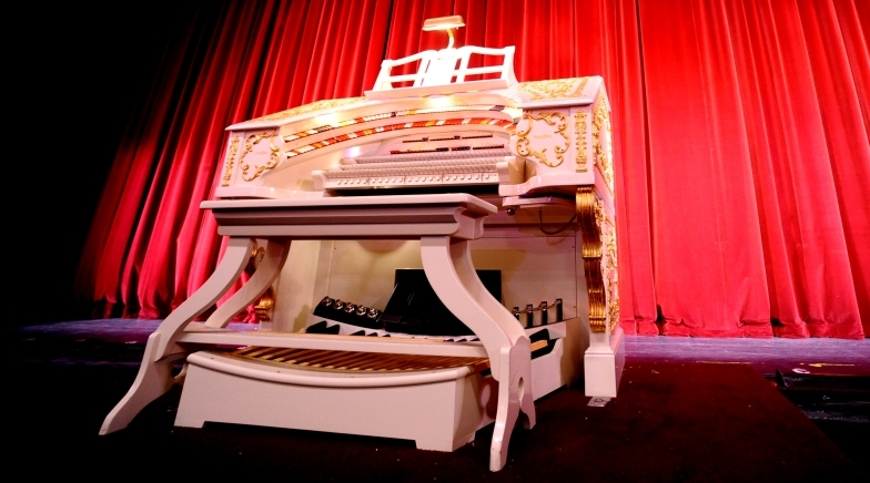 San Gabriel Mission Playhouse Wurlitzer Theatre Organ
